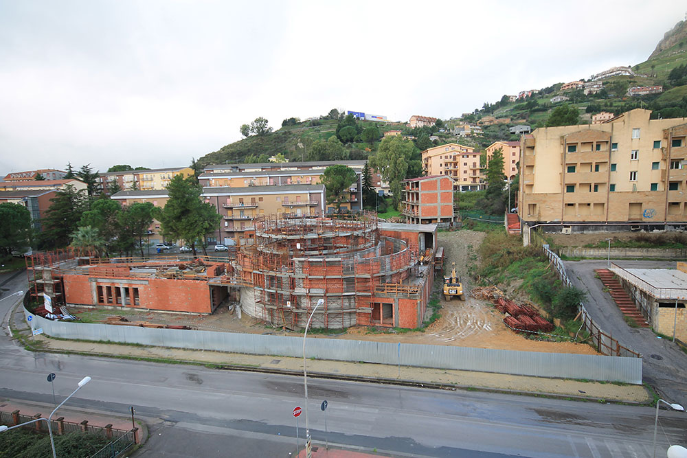 Project of the New Parish Complex Saint Lucia, Located in Enna - Avenue of the Unification of Italy.